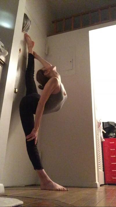 Sam Tenen - Sam Tenen - Yoga Instructor in New York City on Romio.com