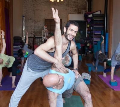 Aaron Angel - Aaron Angel - Yoga Instructor in New York City on Romio.com