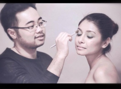 Sang Le - Professional makeup artistry service.  Specialize in makeup application for red carpet, wedding... Etc