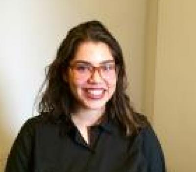 Alyssa H - Alyssa H - Babysitter user in New York City on Romio.com