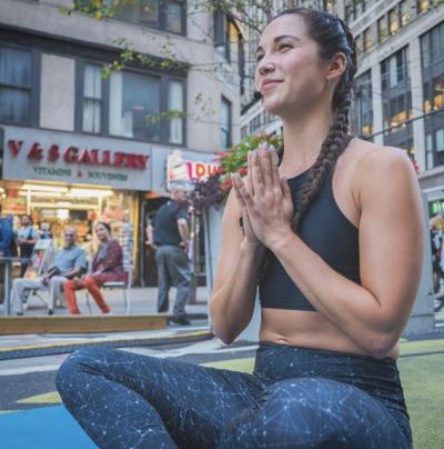 Annaliese Godderz - Annaliese Godderz - Yoga Instructor in New York City on Romio.com