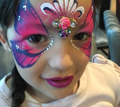 Melissa Munn - We do fabulous face painting, glitter tattoos, airbrush tattoos, henna and henna airbrush, balloon twisting, hair braiding and hair crystals, for children's parties and lots of events for grown ups, too!