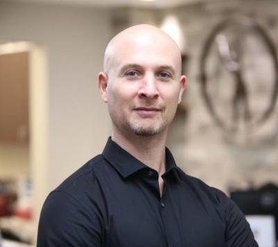 Lee Schwalb - Lee Schwalb - Acupuncturist in New York City on Romio.com